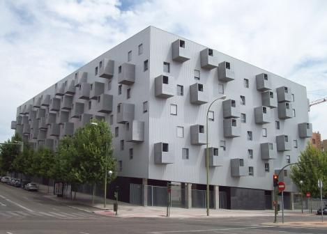 Edificio_Carabanchel_31_(Madrid)_01